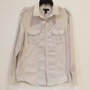 Very nice men's button down shirt, size L